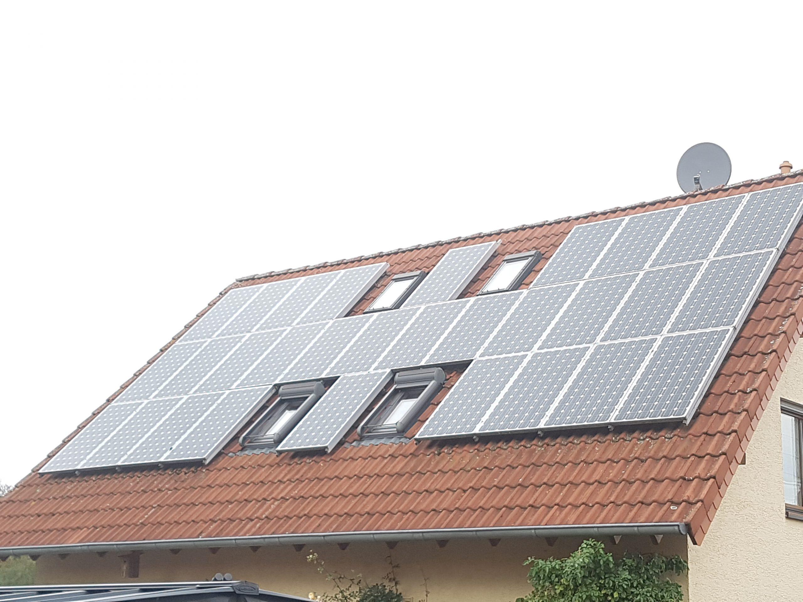 Info: Erfahrungsbericht über eine Solaranlage auf dem Haus zur Stromproduktion