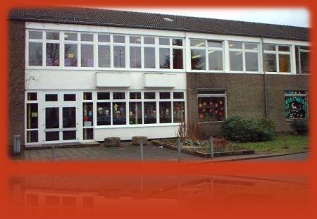 Info: Solaranlage auf der Montanus-Grundschule